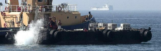"""Gibilterra, il Regno Unito manda le navi da guerra: """"Solo un'esercitazione"""""""