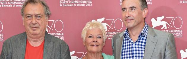 """Venezia 2013, Frears e i bimbi 'rubati' dalle suore: """"Vorrei che il Papa vedesse il film"""""""