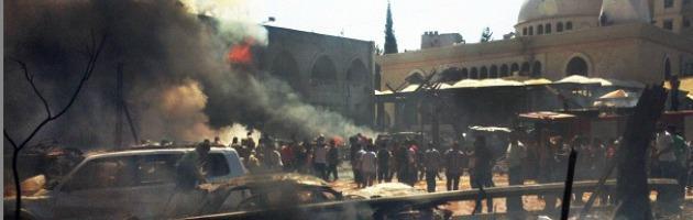 """Libano, due esplosioni davanti a moschee: """"Almeno 42 morti e 500 feriti"""""""