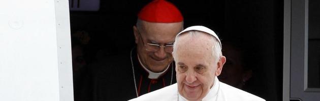 Vaticano, Francesco boccia la gestione post Vatileaks di Tarcisio Bertone