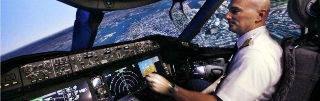 """Piloti, la carriera è in Oriente. """"Contratti e benefit che in Italia non esistono"""""""