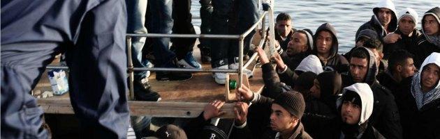 Immigrazione, continua l'emergenza: altri 163 migranti sbarcati nel siracusano
