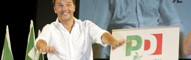 """Pd, Renzi inizia il tour: """"In paese civile leader condannato va a casa da solo"""""""