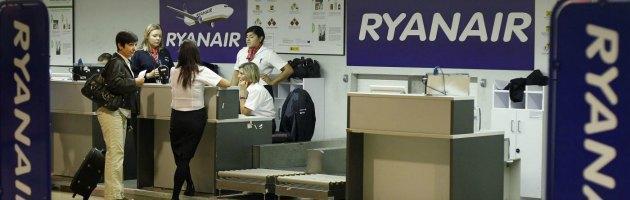 """""""Ryanair poco sicura"""". La low cost: """"Sindacati vogliono denigrarci"""""""