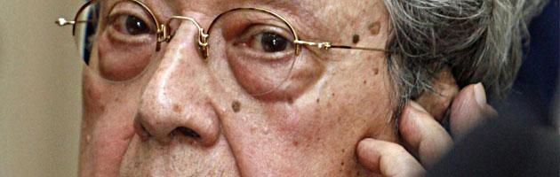 """Francia, morto a 88 anni """"l'avvocato del diavolo"""" Jacques Vergès"""