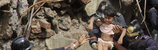 India, crolla un palazzo di dipendenti pubblici, almeno 3 vittime e 80 dispersi