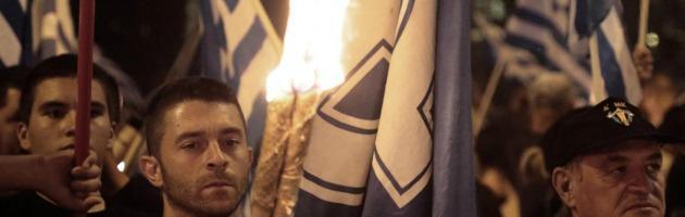 """Grecia, """"3mila agenti di Alba dorata pronti a tutto"""". Il racconto di due ex militanti"""