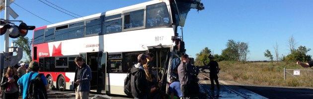 Canada, bus travolto da treno a un passaggio a livello. Almeno 6 morti