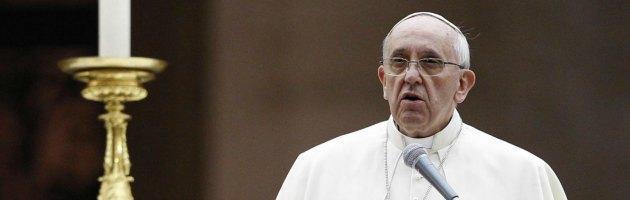 """Siria, Papa Francesco: """"Rimane dubbio se sia guerra per vendere armi"""""""