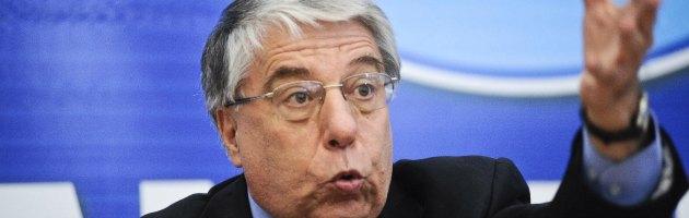 """Pdl, Giovanardi: """"Le dimissioni non sono serie. Pd contro B? Finisce alleanza"""""""