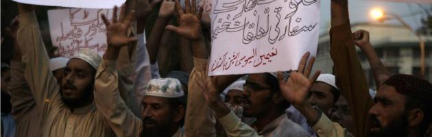 """India, hindu contro musulmani: """"Love jihad per convertire le nostre donne"""""""