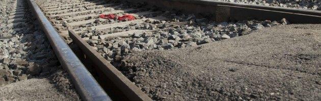 Reggio Emilia, ragazzo di 13 anni muore investito da un treno