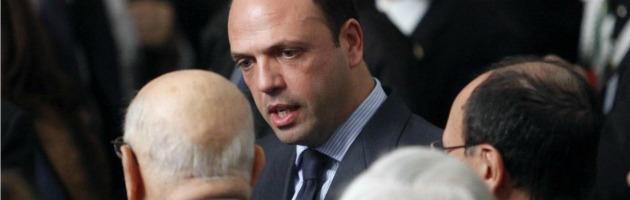 """Giustizia, 5 Stelle: """"Napolitano indecente, lasci"""". Pdl esulta: """"I pm stiano al loro posto"""""""