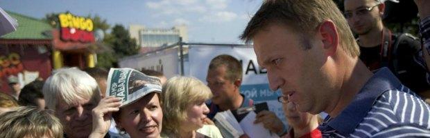 Elezioni sindaco di Mosca, il blogger anti Putin Navalny sfida l'uomo del Cremlino