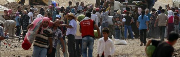 """Siria, più di 2 milioni di profughi. L'Onu: """"La più grande tragedia del secolo"""""""