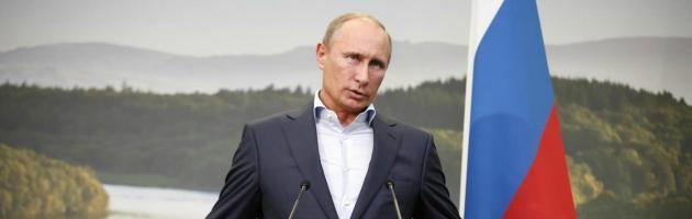 """Putin candidato a Nobel per la pace: """"Ha garantito soluzione pacifica in Siria"""""""