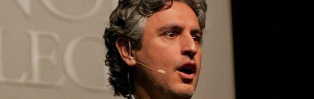 """Aslan e i """"falsi miti su Gesù"""": lo studioso ritenuto il Dan Brown musulmano"""