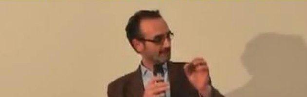 """M5S: """"Siamo tutti Roberto Corsi, commerciante che non fa gli scontrini"""""""