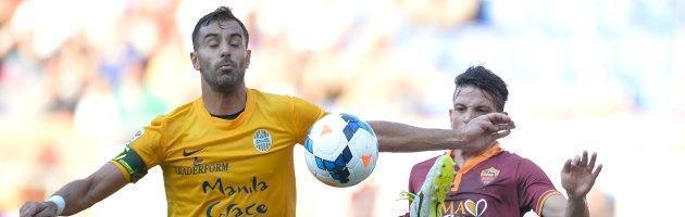 """Roma, assalto al pullman del Verona. Tosi: """"Vergognosa mancanza di tutela"""""""