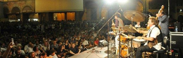 """Bologna, la musica di Renzo Arbore per """"La strada del Jazz 2013"""""""