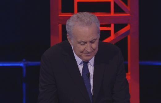 """Servizio Pubblico, Santoro: """"Grillo le spara grosse"""""""