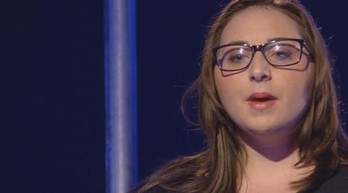 """Servizio Pubblico, Laura: """"Si pensa agli immigrati e non alle emergenze di noi Italiani"""""""