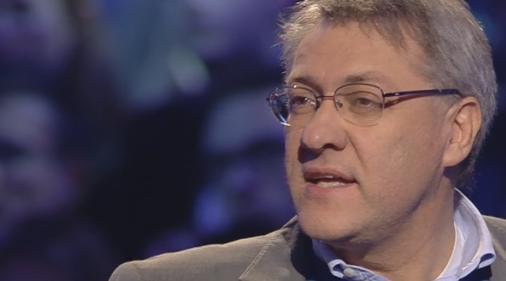 """Servizio Pubblico, Landini: """"La competizione tra poveri"""""""