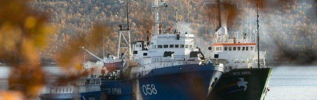 """Arctic Sunrise, attivisti Greenpeace in carcere: """"Sono in condizioni difficili"""""""