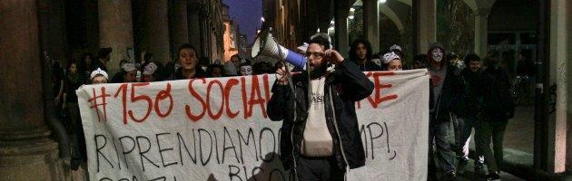 """Bologna, collettivi contro la crisi: """"In piazza verso la manifestazione del 19 ottobre"""""""