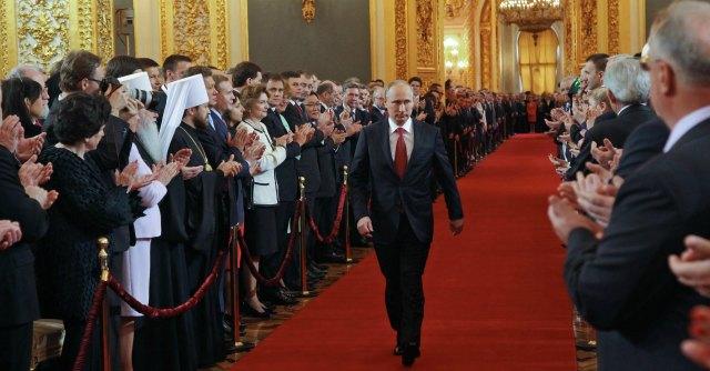 Russia, Putin fa sparire i nomi dei suoi nemici da manuale unico di storia