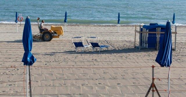 """Spiagge, piano """"segreto"""" per gare su misura dei soliti noti. Stop di Fassina"""
