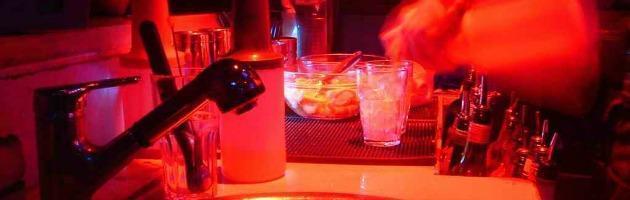 """Inghilterra, lo studio: """"Le canzoni a contenuto alcolico sono una piaga sociale"""""""