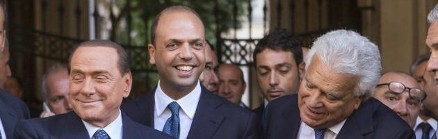 """Frattura Pdl, esplode il lodo Verdini. Aut aut di Alfano a Berlusconi: """"O io o lui"""""""