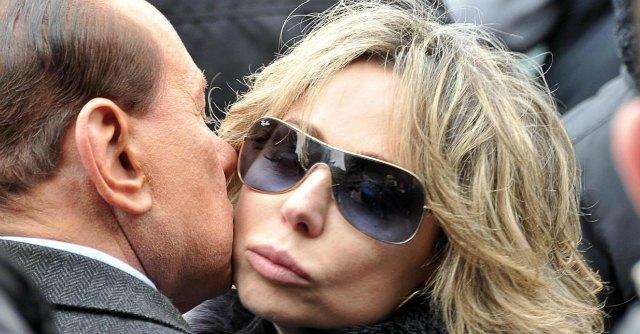 """Pdl, Brunetta: """"Con la decadenza il governo finisce"""". E Berlusconi (ri)lancia Marina"""