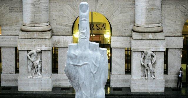 """Borsa, """"Milano la seconda peggiore al mondo negli ultimi 10 anni"""""""