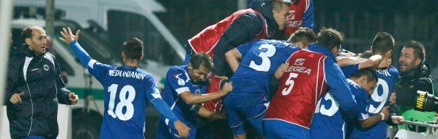 La Bosnia ai Mondiali per la prima volta. E Sarajevo va di nuovo a fuoco (di passione)