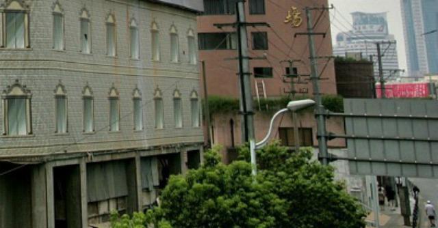 """Cina, Imu per tutti. Ma alla Robin Hood: """"Più giustizia e stop a bolle immobiliari"""""""