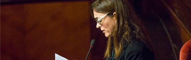 """Ex M5s De Pin vota la fiducia in lacrime. Senatori 5 Stelle: """"Venduta"""""""