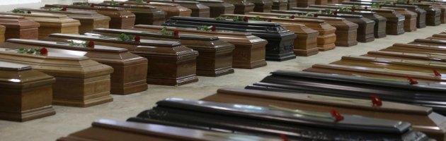 Naufragio Lampedusa, per le vittime tumulazioni anonime e nessun funerale