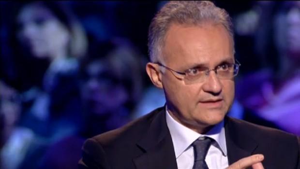 """Servizio Pubblico, Mauro concorde con Travaglio: """"La centralità di Berlusconi"""""""