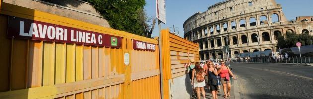 Metro C Roma, stop ai lavori per reperti archeologici? Il Comune pagherà lo stesso