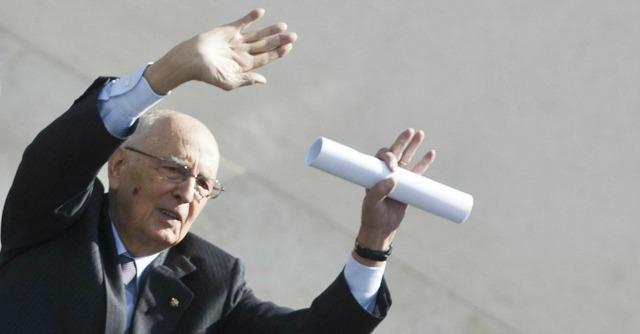 """Riforme, Napolitano: """"Basta discutere a vuoto. Messaggio alle Camere contraffatto"""""""
