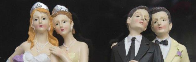 """Matrimoni gay, in Francia Consulta: """"Sindaci non possono rifiutare nozze"""""""