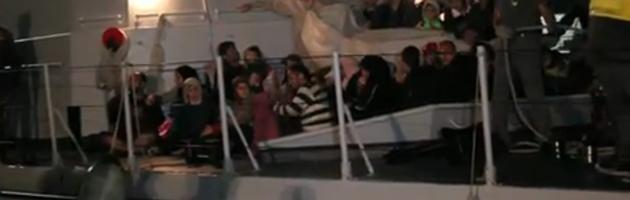 Immigrazione clandestina, Fiamme gialle arrestano equipaggio della nave madre