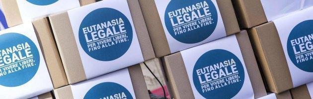 "Eutanasia legale e testamento biologico, ""70mila italiani chiedono una legge"""