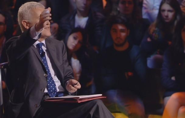 """Servizio Pubblico, Belpietro: """"In Renzi non c'è nulla di concreto"""""""