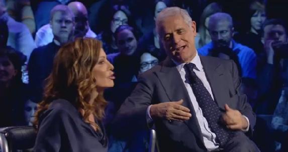 """Servizio Pubblico, Santanchè vs Formigoni: """"Sulle donne non puoi parlare"""""""