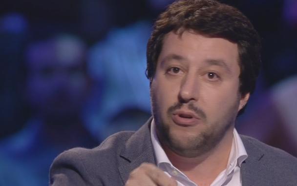 """Servizio Pubblico, Salvini: """"UE ed euro sono crimini contro l'umanità"""""""