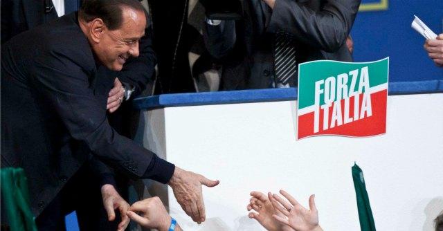Decadenza Berlusconi, l'odiato Parlamento che il Cavaliere non vuole lasciare