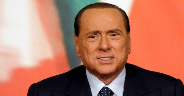 Berlusconi decaduto, la paura dell'arresto e la scappatoia di un seggio in Europa